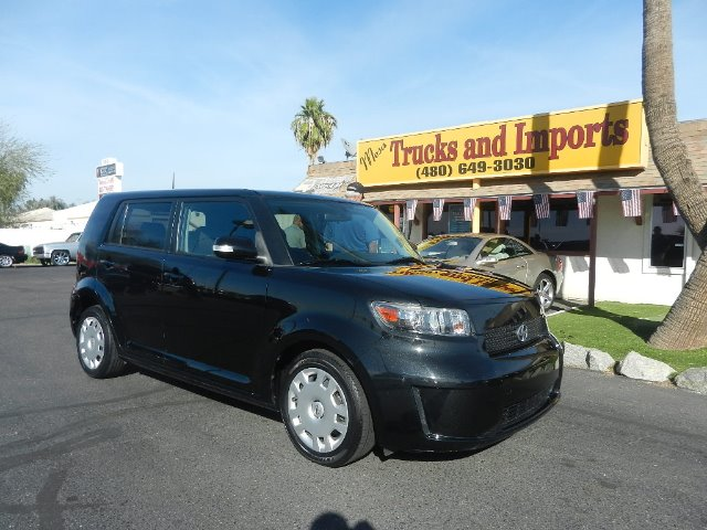 2008 SCION XB WAGON black one owner  clean carfax originally sold in arizona 28 mpg super firs