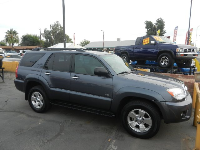 2006 TOYOTA 4RUNNER SR5 2WD blue one owner clean carfax shows service records  fully loaded sr5