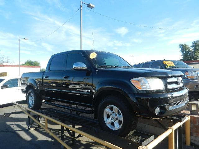 2006 TOYOTA TUNDRA SR5 DOUBLE CAB black only 81k miles trd off road package clean carfax shows s