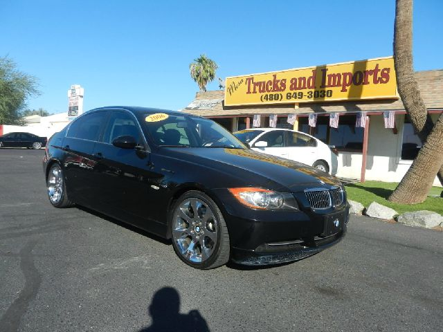 2006 BMW 3 SERIES 330I SEDAN black 30 mpg clean carfax shows all service records the ultimate dr