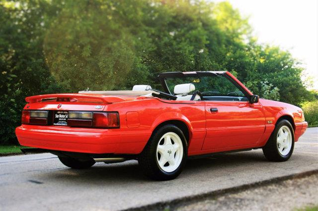 1992 Ford Mustang Lx 5 0 2dr Convertible In Downers Grove