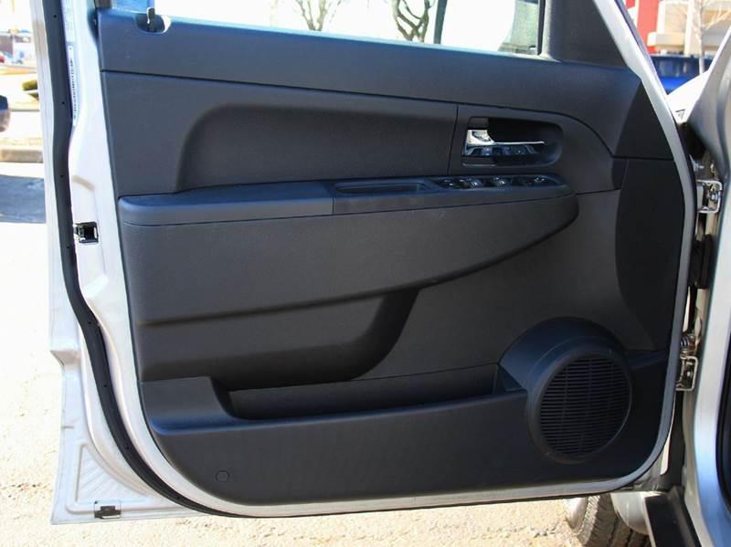 2010 Jeep Liberty 4x4 Sport 4dr SUV - Schaumburg IL