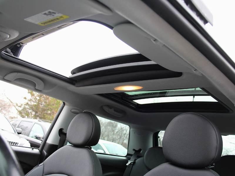 2007 MINI Cooper S 2dr Hatchback - Schaumburg IL