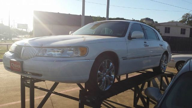 2001 Lincoln Town Car for sale in IRVING TX