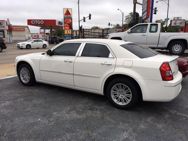 2010 Chrysler 300 Touring 4dr Sedan - Chicago IL