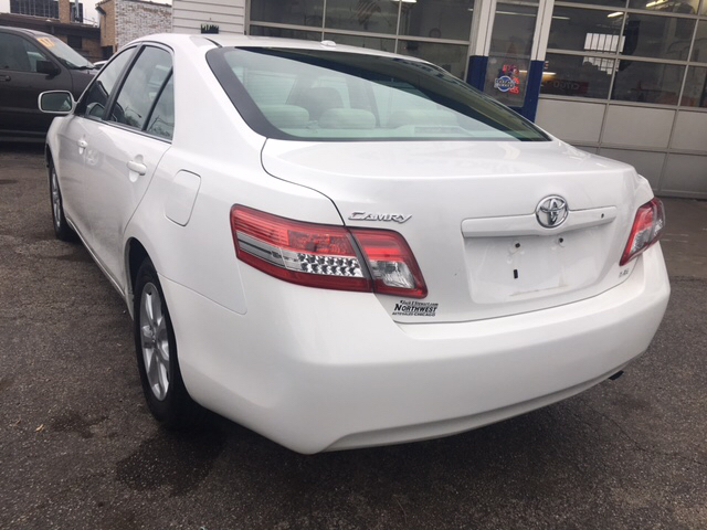 2010 Toyota Camry LE V6 4dr Sedan 6A - Chicago IL