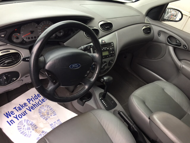 2003 Ford Focus ZTS 4dr Sedan - Chicago IL