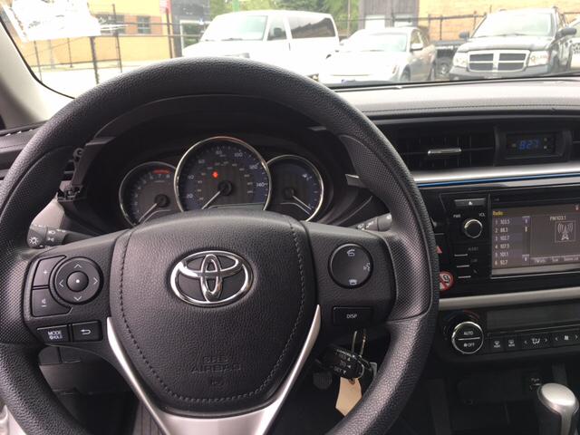 2016 Toyota Corolla LE 4dr Sedan - Chicago IL