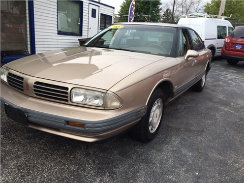 1995 Oldsmobile Eighty-Eight Royale for sale in Chicago, IL