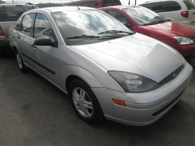 2003 Ford Focus LX 4dr Sedan - Springfield WI