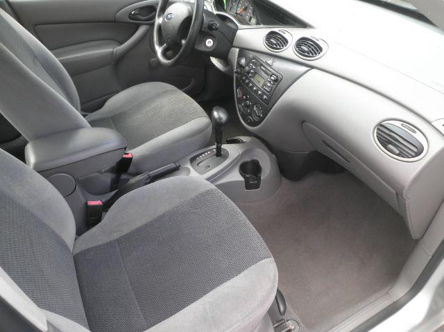 2003 Ford Focus LX 4dr Sedan - Springfield WI