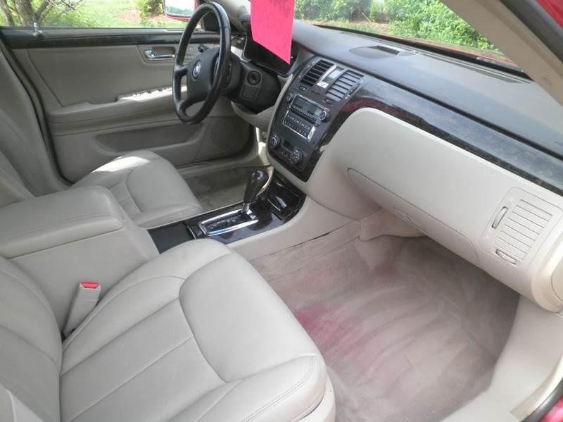 2008 Cadillac DTS Luxury III 4dr Sedan - Springfield WI