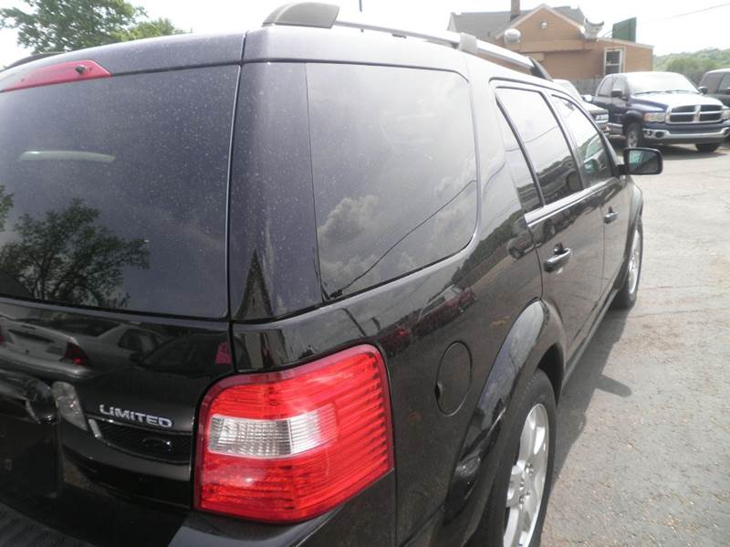2005 Ford Freestyle AWD Limited 4dr Wagon - Springfield WI