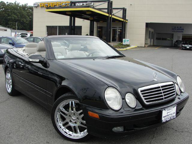 2000 Mercedes-Benz CLK-Class