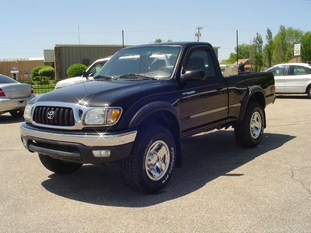 2001 toyota tacoma base 2dr regular cab 4wd sb in chanute fredonia iola cars r us. Black Bedroom Furniture Sets. Home Design Ideas