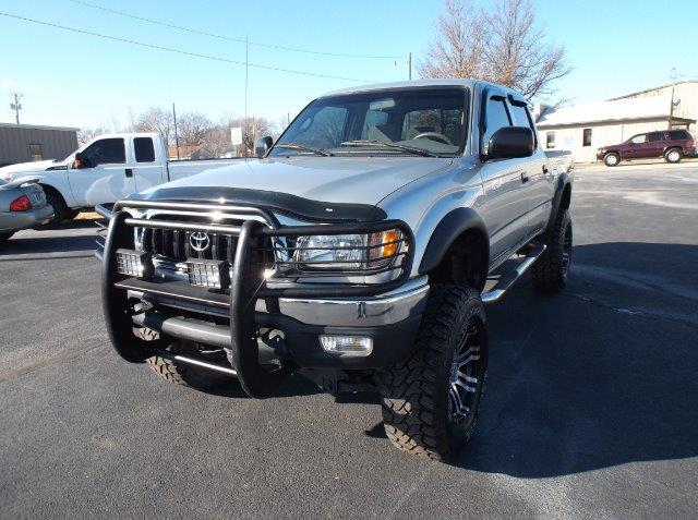2002 toyota tacoma 4dr double cab v6 4wd sb in chanute ks cars r us. Black Bedroom Furniture Sets. Home Design Ideas