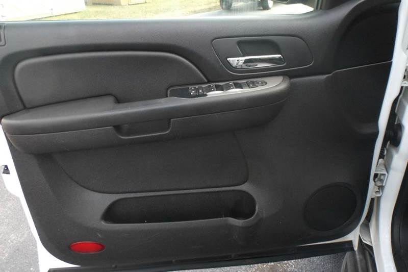 2009 Chevrolet Tahoe 4x4 LS 4dr SUV - Chanute KS