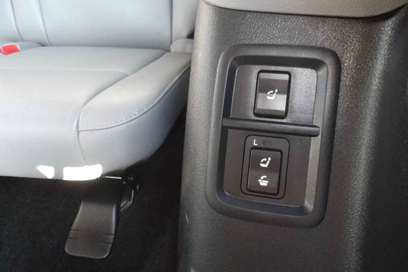 2012 Toyota Sequoia 4x4 SR5 4dr SUV (4.6L V8) - Chanute KS