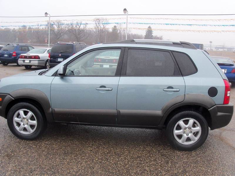 2005 hyundai tucson 4dr gls 4wd suv in elk river mn. Black Bedroom Furniture Sets. Home Design Ideas