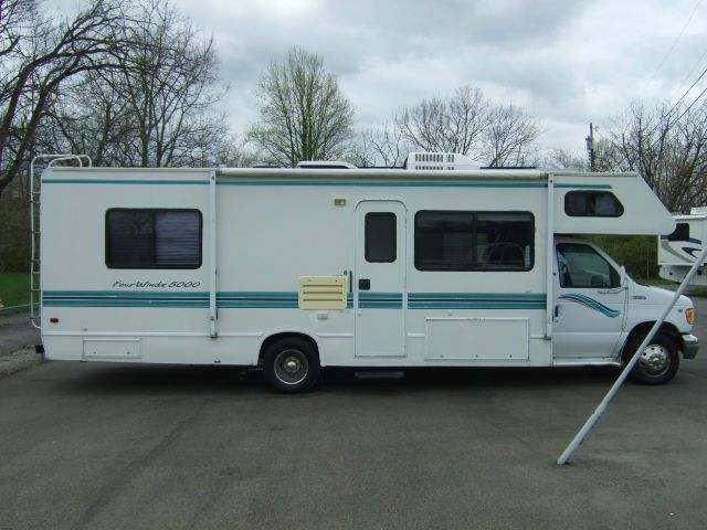 1997 Four Winds 5000