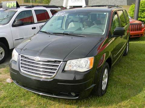 2008 Chrysler Town and Country for sale in Fort Gratiot, MI