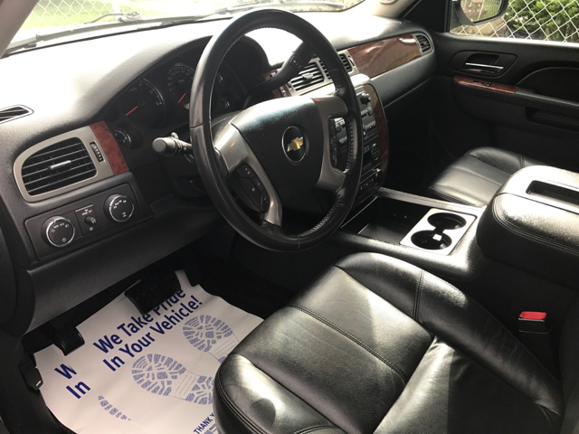 2011 Chevrolet Avalanche LT 4x4 4dr Crew Cab Pickup - Clinton TN
