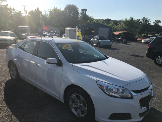 2015 Chevrolet Malibu LT 4dr Sedan w/1LT - Clinton TN