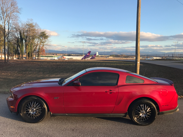2010 Ford Mustang GT Premium 2dr Coupe - Clinton TN