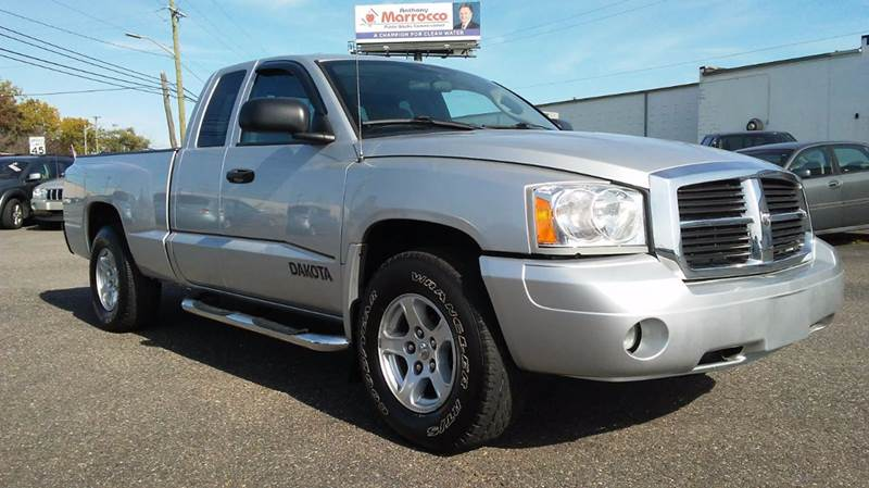 2006 dodge dakota 4wd slt 4dr club cab sb in roseville mi. Black Bedroom Furniture Sets. Home Design Ideas