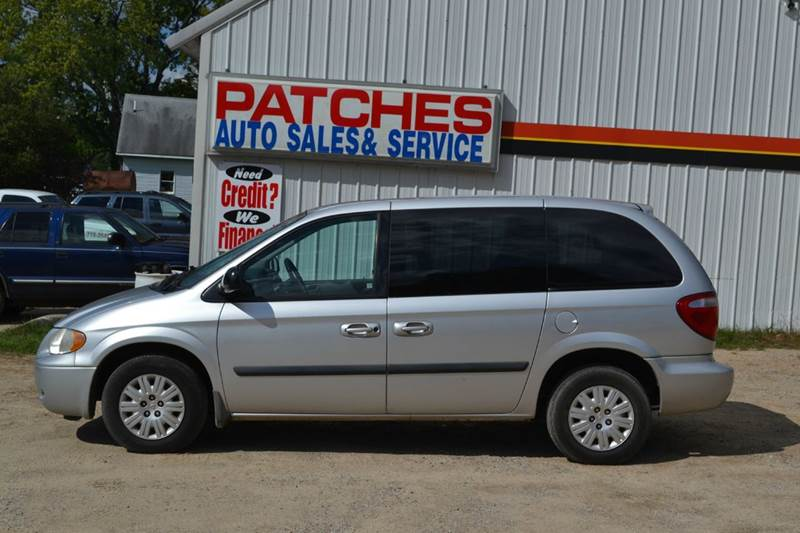 2006 chrysler town and country 4dr mini van in big rapids. Black Bedroom Furniture Sets. Home Design Ideas