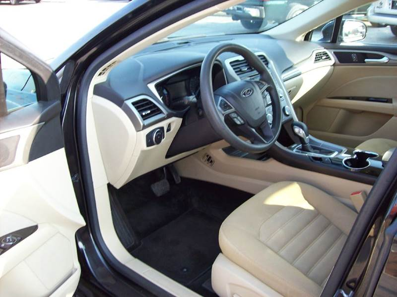 Contact us about this car & 2014 Ford Fusion SE 4dr Sedan In Excelsior Springs MO - 1st Class Cars markmcfarlin.com
