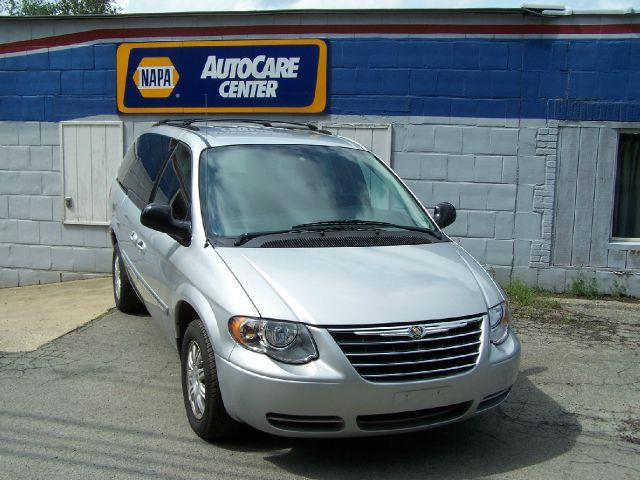 2007 Chrysler Town and Country for sale in KNOX PA