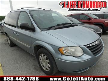 2006 Chrysler Town and Country for sale in Downingtown, PA