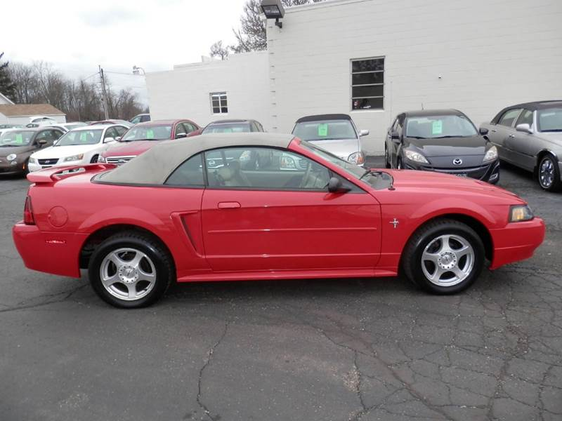 2003 Ford Mustang Deluxe 2dr Convertible In Louisville Oh