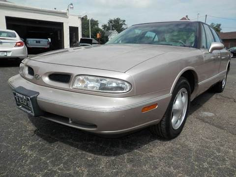 1999 Oldsmobile Eighty-Eight for sale in Louisville, OH