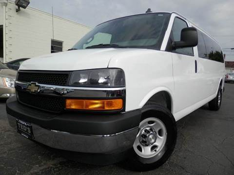 2017 Chevrolet Express Passenger for sale in Louisville, OH