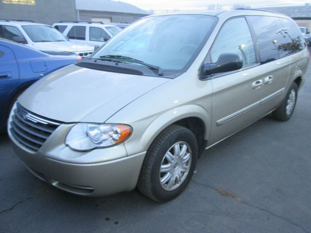 2007 Chrysler Town and Country for sale in Murray UT