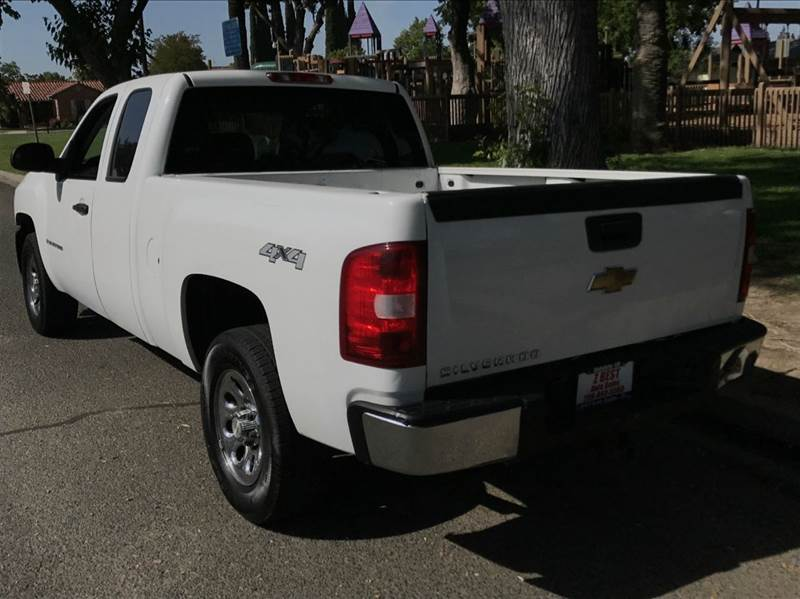 2007 Chevrolet Silverado 1500 Work Truck 4dr Extended Cab 4WD 5.8 ft. SB - Oakdale CA