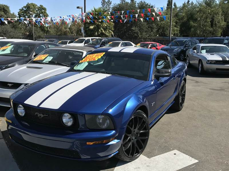 2006 Ford Mustang GT Premium 2dr Fastback - Oakdale CA