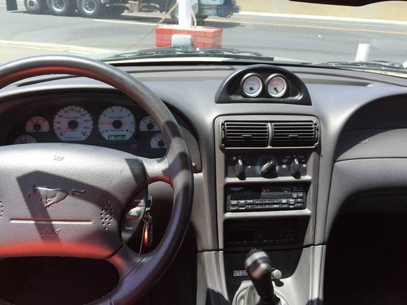 1999 Ford Mustang GT 2dr Convertible - Oakdale CA