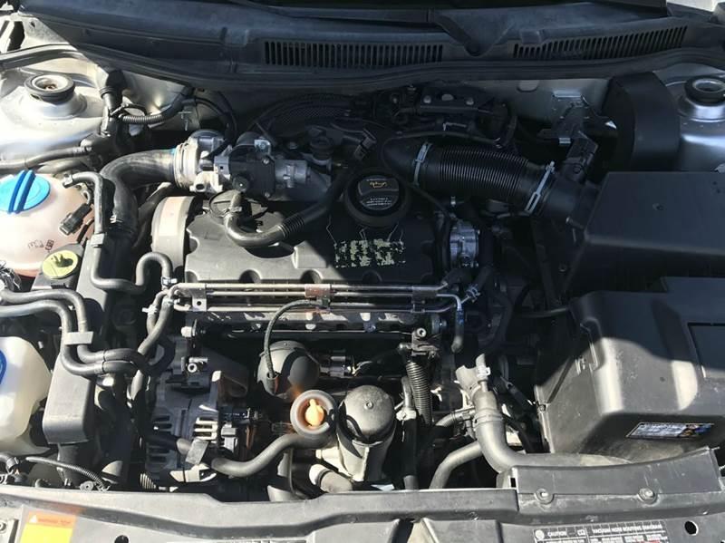 2005 Volkswagen Jetta 4dr GLS TDi Turbodiesel Sedan - Oakdale CA