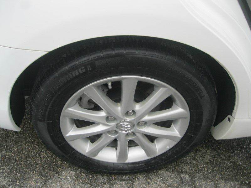 2011 Toyota Camry XLE V6 4dr Sedan 6A - Knoxville TN