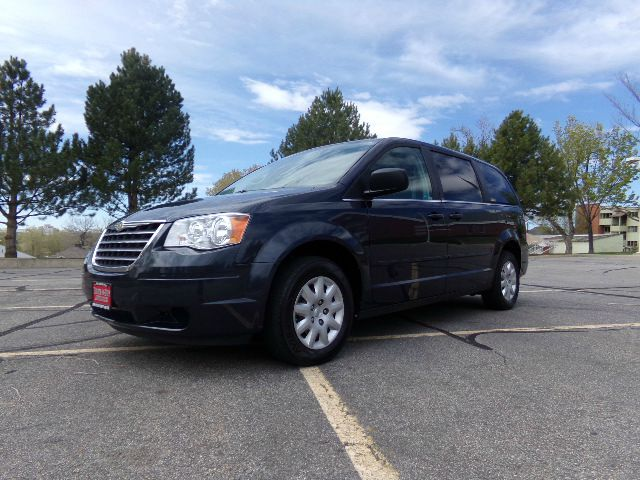 2009 chrysler town and country lx mini van passenger 4dr for Country hill motors inventory