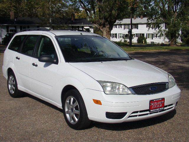 2005 ford focus zxw se 4dr wagon in ogden ut drive n buy. Black Bedroom Furniture Sets. Home Design Ideas