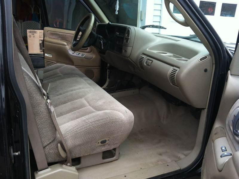 1996 Chevrolet C/K 1500 Series 2dr K1500 Silverado 4WD Standard Cab Stepside SB - Saegertown PA