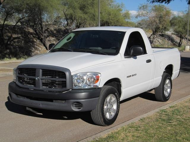2007 DODGE RAM 1500 ST white at noble motors we realize that you have lots of choices when purchas
