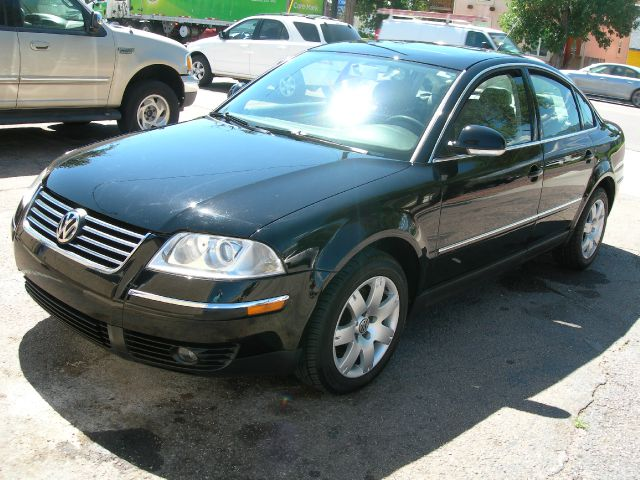 2005 VOLKSWAGEN PASSAT GLS black abs brakesair conditioningalloy wheelsamfm radioanti-brake s