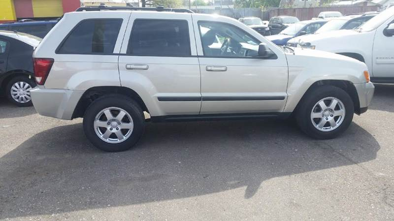 2009 jeep grand cherokee laredo 4x4 4dr suv in detroit mi premier autos. Black Bedroom Furniture Sets. Home Design Ideas