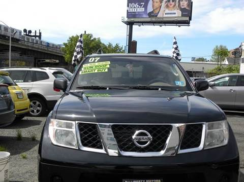 2007 Nissan Pathfinder for sale in Newark, NJ