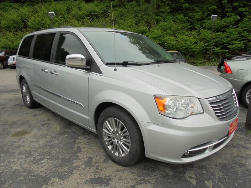 2011 Chrysler Town and Country Limited 4dr Mini-Van - Springfield VT